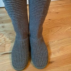 Gray Ugg classic cardy boots size 8